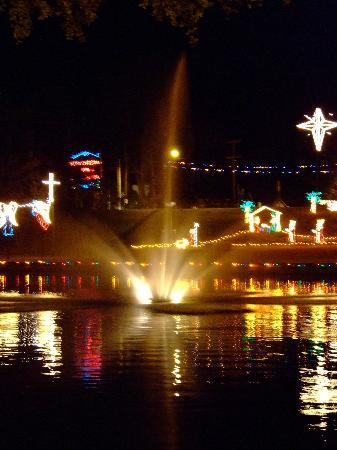 Natchitoches, LA: Christmas Lights Festival