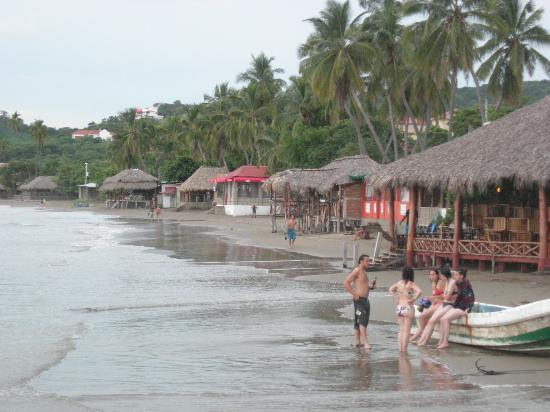 Pelican Eyes Resort & Spa: Beach - San Juan del Sur