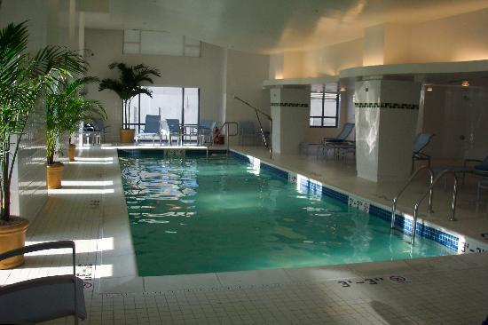 Embassy Suites by Hilton Washington-Convention Center: Embassy Suites Conv Ctr- Pool