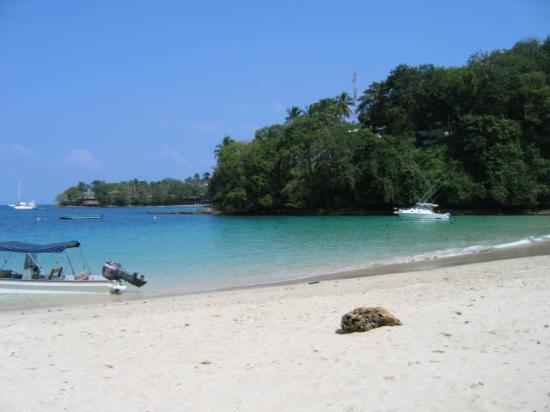 Isla Contadora, Panamá: beach near hotel
