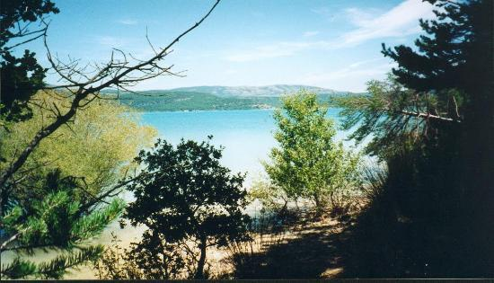 The Var: Lac St Croix.  Which would you prefer sunbathing here or with the masses on the beach?