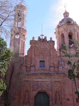 Museo de Francisco Goitia : Convento de Guadalupe, Zacatecas/Museo Virreinal de Guadalupe :  Capilla de Napoles
