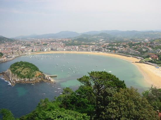 Saint-Sébastien, Espagne : Beach at San Sabastian