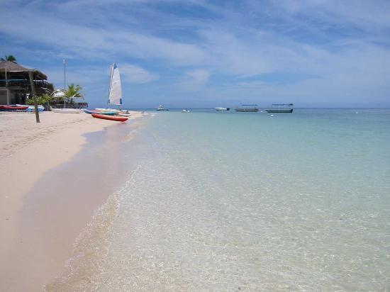 Sheraton Denarau Villas: Castaway Island Water