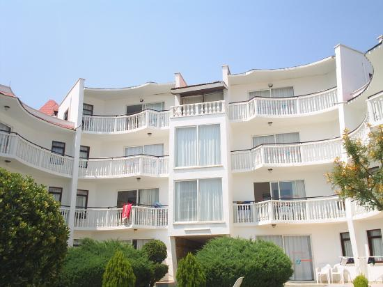 Photo of Sunset Village Apartments Altinkum