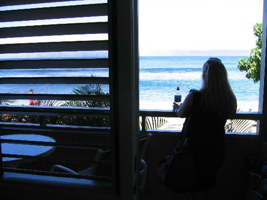 The Napili Bay: Enjoying the view on the lanai