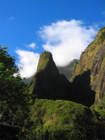 ‪Iao Valley State Monument‬