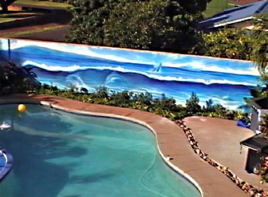 Wai Ola Vacation Paradise: Mural