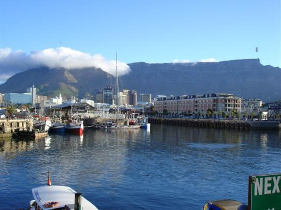 Southern Sun Waterfront Cape Town: View of Table Top Mountain from the Waterfront