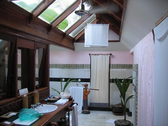 Sandoway Resort: bathroom