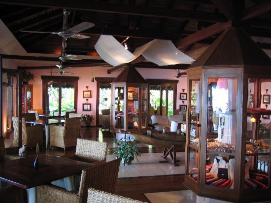 Sandoway Resort: lobby