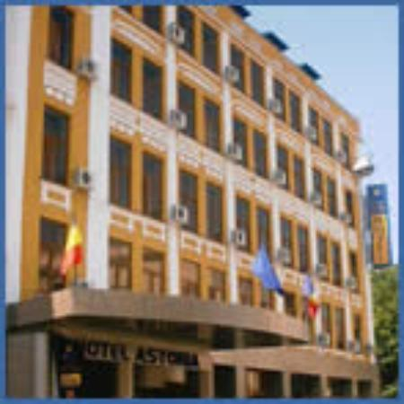 Astoria Hotel: Outside