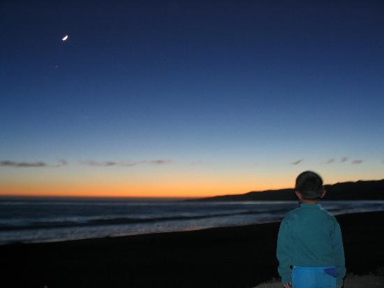 Jalama Beach County Park: night view