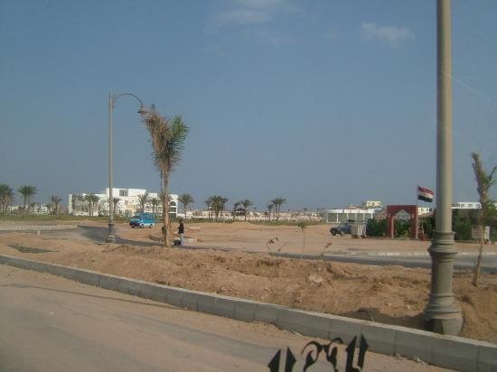 Sun Hotel Raouf: First veiw of resort 'O my god'