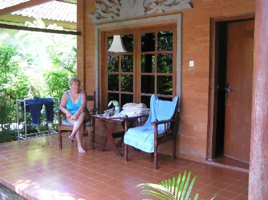 Bumi Ayu Bungalows: Home Sweet Home