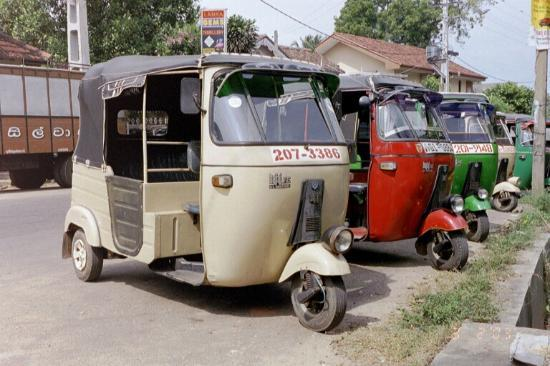 Beruwala, ศรีลังกา: Tuk Tuk Transport Very cheap.