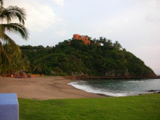 Costa Careyes: El Careyes Beach