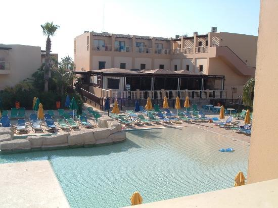 Electra Holiday Village : view across pool to bar/restaurant