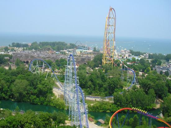 Sandusky, OH: overview of Cedar Point