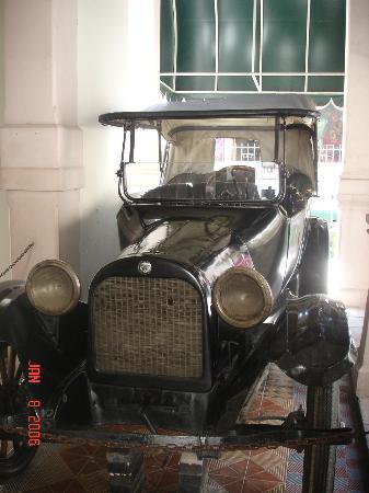 Museo Grafico de la Revolución Mexicana : Pancho Villa was ambused & killed in this car