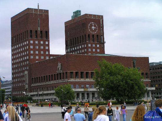 Rathaus (Oslo Radhus)