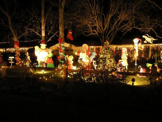Large Santa Display Picture Of Candy Cane Lane Los