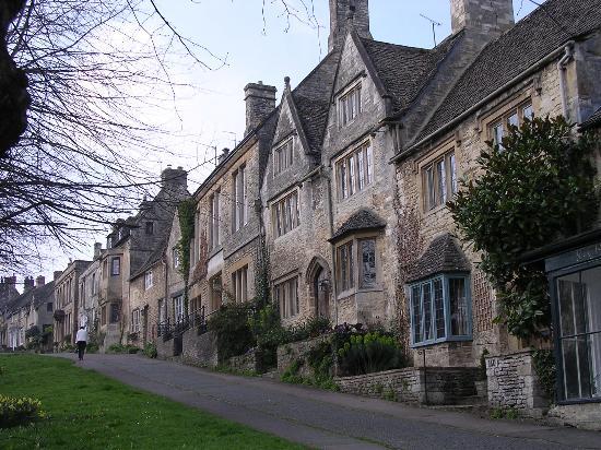 คอตส์โวลส์ , UK: stone houses