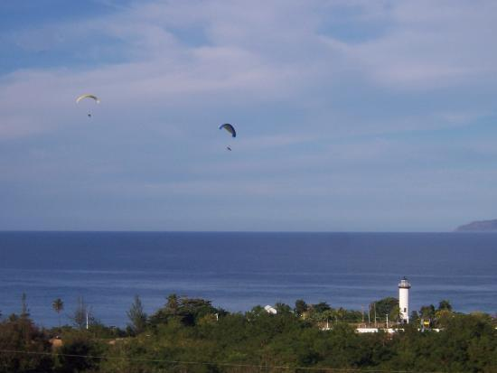 Vista Vacation Resort : Motorized Hang Gliders from our Terrace