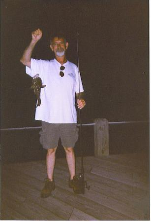 Island Motor Inn Resort: night fishing