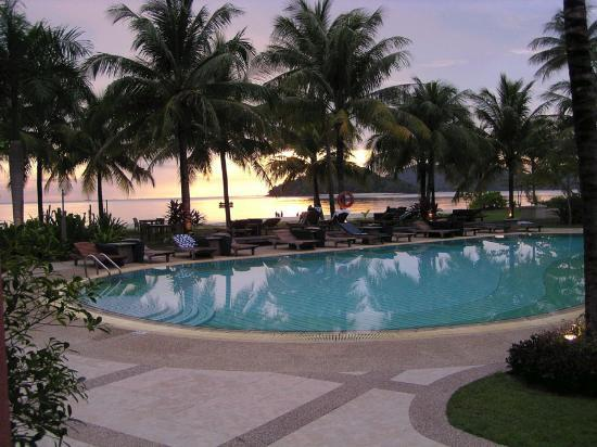 Casa del Mar, Langkawi: Pool at Sunset