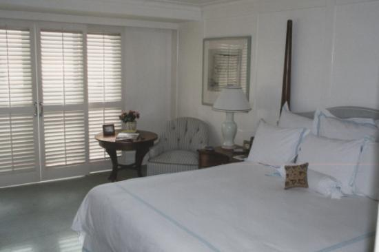 Shutters on the Beach : Room