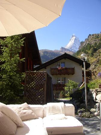 Coeur des Alpes : Matterhorn view from patio