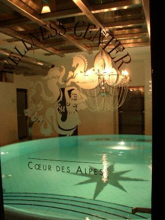 Coeur des Alpes: luxurious little swimming pool