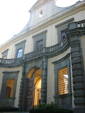 The front of Montegufoni Castle