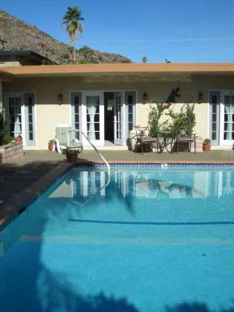Old Ranch Inn: Some rooms have a pool view