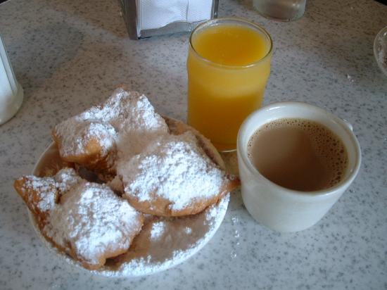 Nouvelle-Orléans, Louisiane : Coffee and Beignets at Cafe du Monde