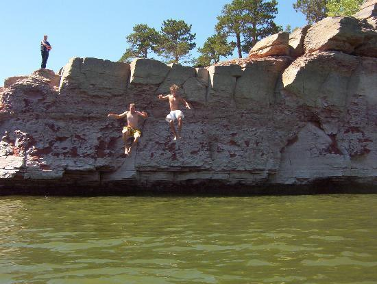 Glendo State Park: Jumping High