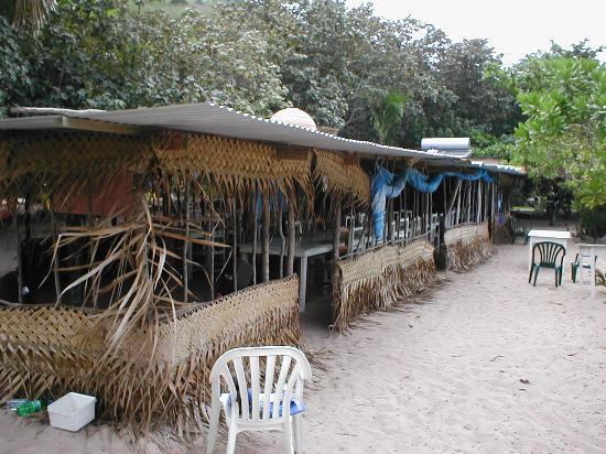 Octopus Resort: Bar Area