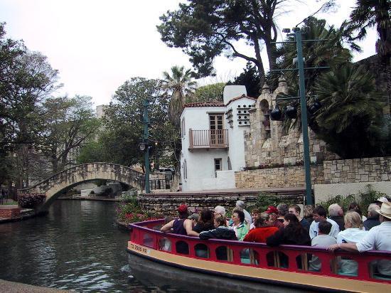 Taxi San Antonio >> Ride The River Taxi Picture Of San Antonio Texas Tripadvisor