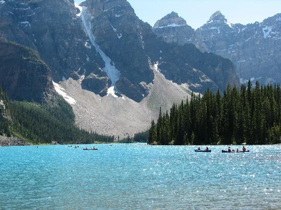 Lake Louise, Canada: Moraine Lake
