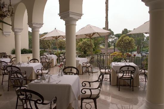 Country Club Lima Hotel: Terrace - great for breakfast