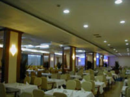Grand Hotel Pristina Photo