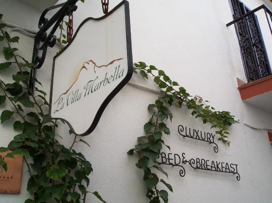 La Villa Marbella: Hotel Sign