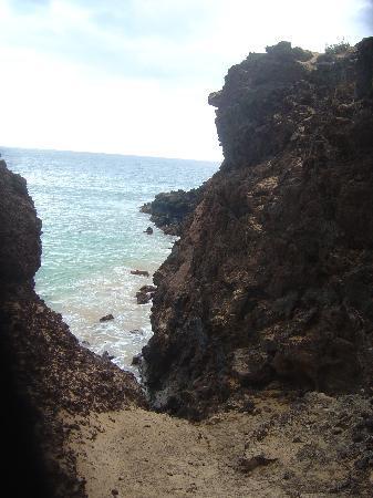 Wailea, Hawái: Entrance to hike up Pu'u Ola'i on Big Beach