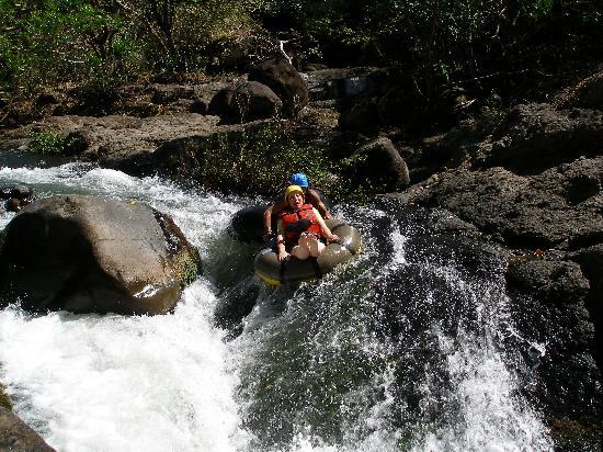 Hacienda Guachipelin: Messing about on the River!