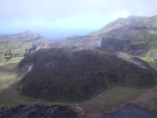 La Soufriere Cross Country Trail: The quietly extruded lava dome's been in place since 1979