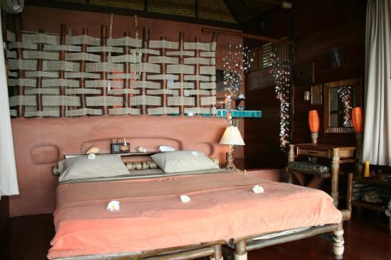 Koh Tao Cabana: The master bedroom!