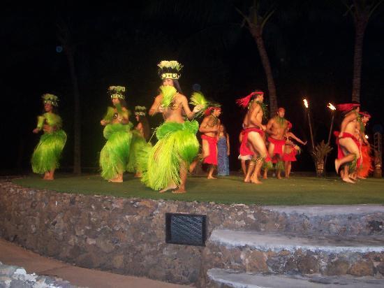 Royal Lahaina Luau (HI): Top Tips Before You Go - TripAdvisor