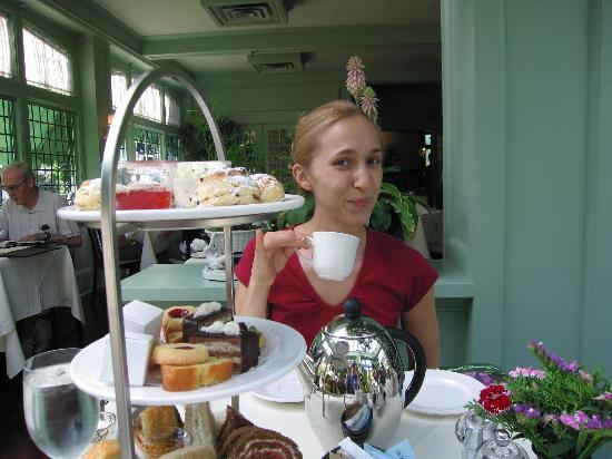 The Butchart Gardens: Enjoying Afternoon Tea