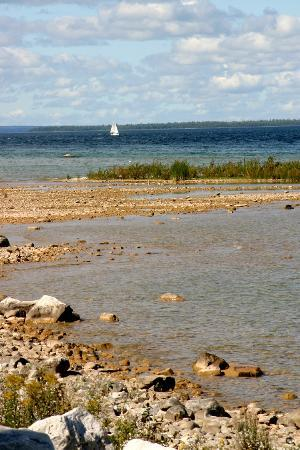 Mackinac Island, MI : Sailboat on the Horizon